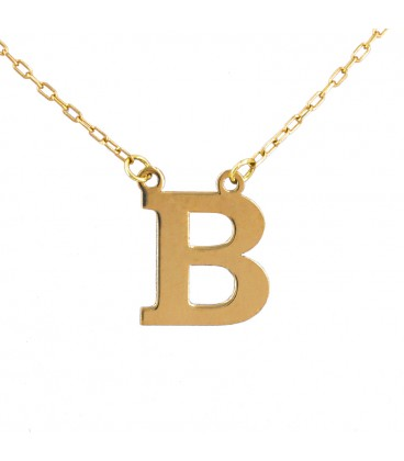 Nacklace with initial in gold
