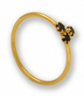 Sortija con circonitas negras en oro de 18K