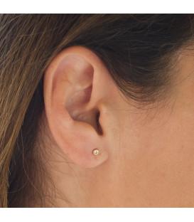 Gold earrings with 18k zirconia