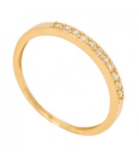 Gold 18 ring with set zirconia