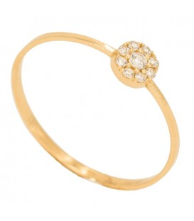 18K gold ring with circle set in zirconia