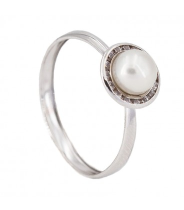 18k White Gold Ring with Natural Pearl and Zirconite Lane