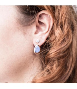 Boucles d'oreilles présure rond en Or 18K , zirconium et présure de quartz bleu