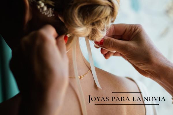 ¿Qué joyas debe llevar una novia el día de su boda?