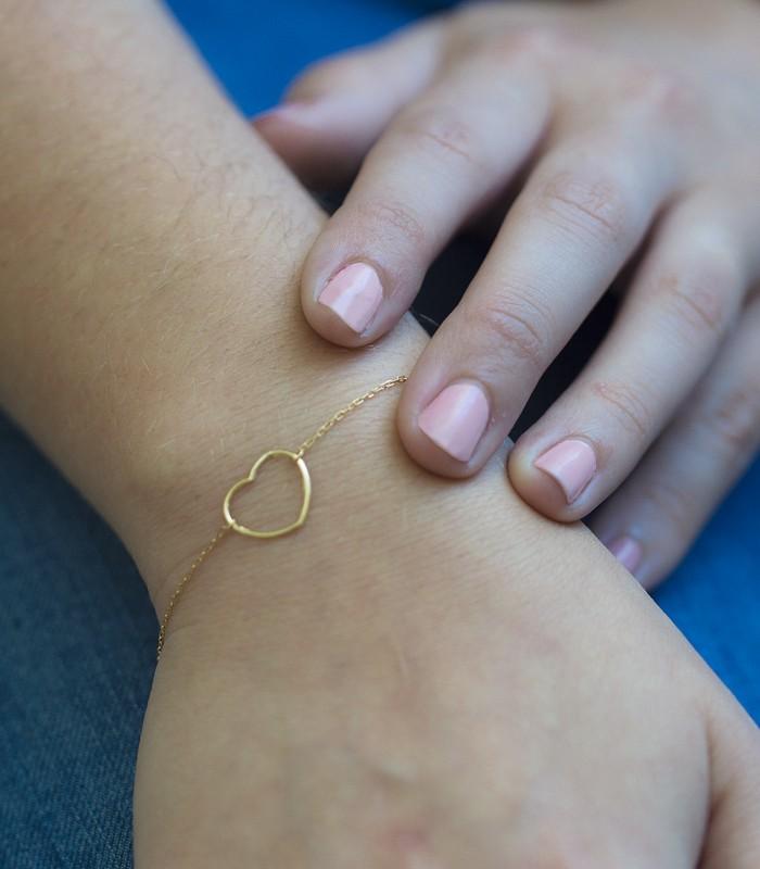 pulsera de oro corazón